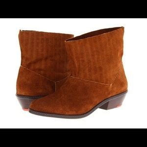 Joes Jeans Star II Suede Ankle Booties Size 9
